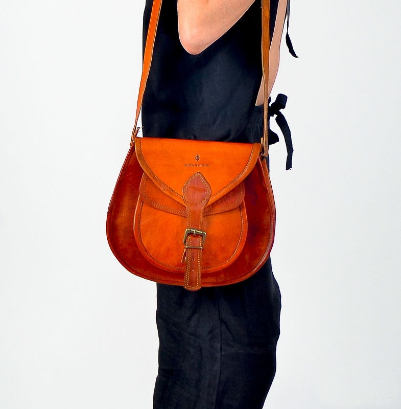 8e0b831d217e ... Mens   Womens Vintage and genuine Leather Bags. Shop for Leather Laptop Bags  Messenger Bags ...